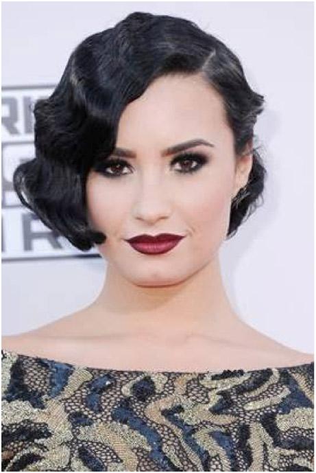 Demi Lovato's vampy burgundy lipstick